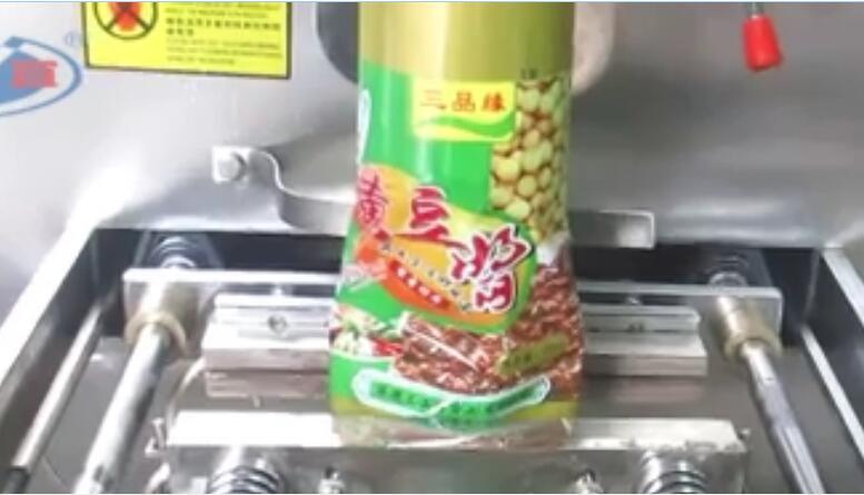 黄豆酱立式包装机